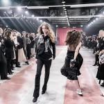 Pokaz Gosi Baczyńskiej podczas gali 150-lecia Harper's Bazaar